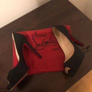 Shoes- Christian  Louboutin, authenticate!